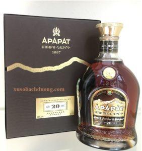 Rượu Ararat Nairi 20 năm