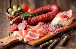 cách thưởng thức salami